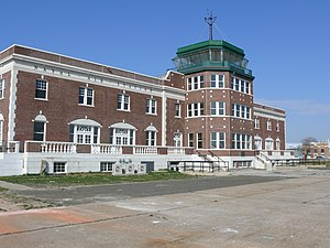 Airport tower Floyd Bennett Field.JPG
