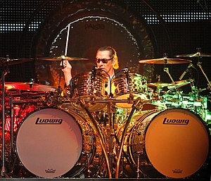 Alex Van Halen - Van Halen performing live in 2012