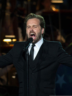 Alfie Boe - Boe performing in May 2013