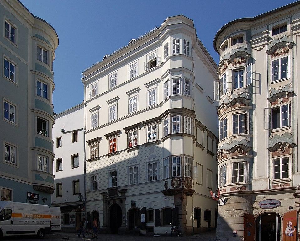 Datei:Altstadt 02 (Linz) II.jpg