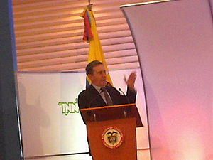 Alvaro Uribe in INNOVA Awards 2006