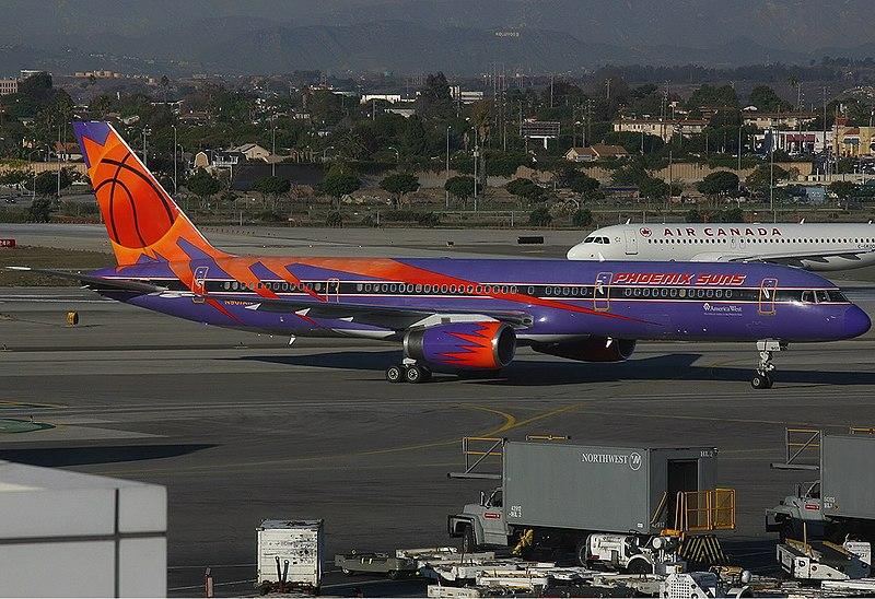 File:America West Boeing 757 Spijkers.jpg