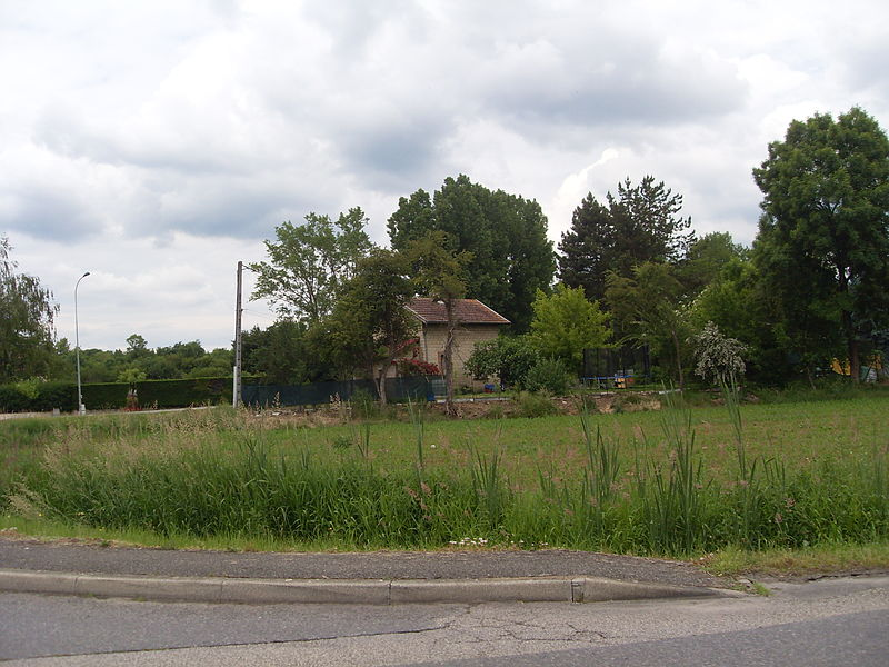 Ancienne gare du Chemin de fer de l'Est de Lyon à Amblagnieu.