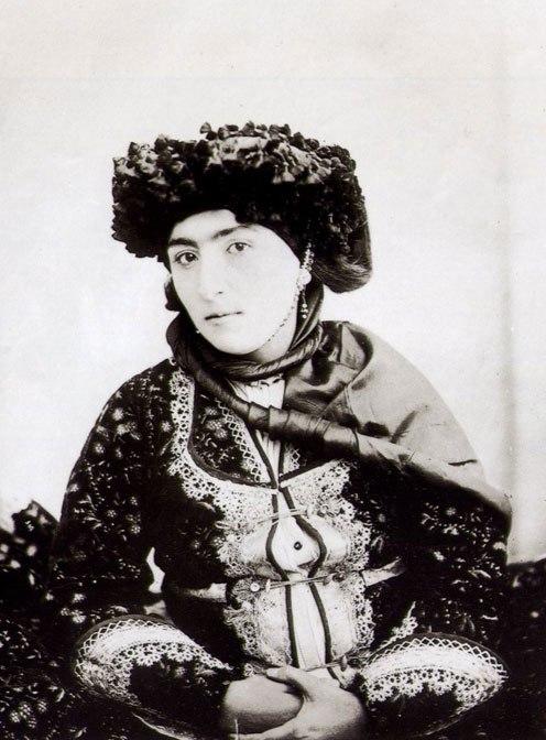Antoin Sevruguin 1 kurdish woman