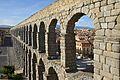 Aqueduct Segovia 2 2012.jpg