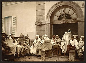 Timeline of Algiers - Image: Arabs at a cafe, Algiers, Algeria LCCN2001697836