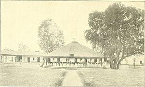 Gurukula - Image: Arya Samaj Gurukul School boys performing Homa ritual 1915