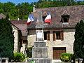 Auriac-du-Périgord monument aux morts.JPG