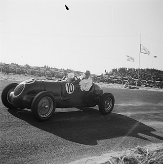 Tony Rolt - Circuit Zandvoort, 7 August 1948. Tony Rolt in the 3.2-litre Aitken-Alfa, made by Peter Aitken (1912–47) based on an Alfa Romeo 8C bimotore