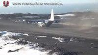 File:Avión de la Fuerza Aérea aterrizó en la Antártida.webm