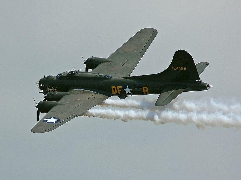 B-17G-105 44-85784-Sally B