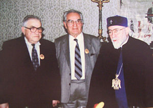 Varazdat Harutyunyan - Varazdat Harutyunyan after getting St. Gregory the Illuminator Medal from Karekin I, Catholicos of All Armenians (from left: Varazdat Harutyunyan, architect Baghdasar Arzoumanian and His Holiness Karekin I).