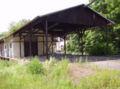 Bahnhofsschuppen Eisenberg in der Pfalz.jpg