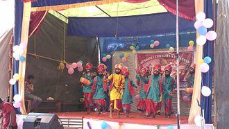 Bhangra (dance) - Image: Bangda dance