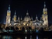 Basílica del Pilar - P1022271.jpg