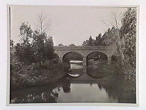Batesford, Victoria - Image: Batesford Bridge