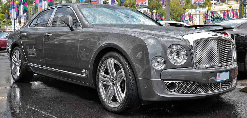 Bentley Mulsanne - Flickr - Alexandre Pr%C3%A9vot (2) (cropped)