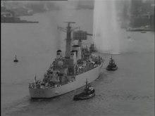 File:Bezoek Britse oorlogsbodem-518039.ogv