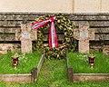 Bezoek aan kerk van San Rocco met daaromheen de militaire begraafplaats in Peio Paese 10.jpg
