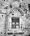 Bifora del Castello dei Conti di Modica (1967).jpg