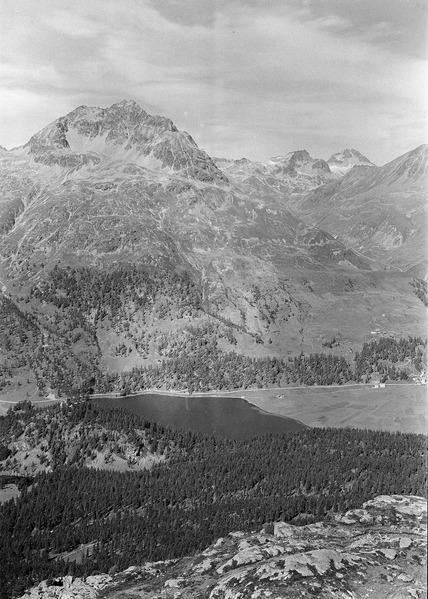File:Blick auf den Silsersee - CH-BAR - 3241563.tif