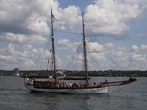 Blue Sirius arriving Tallinn 14 July 2013.JPG