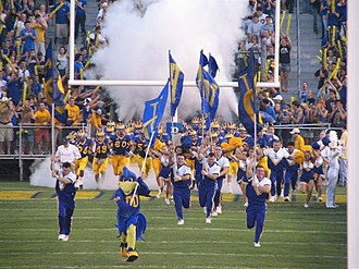 Delaware Fightin' Blue Hens football - The University of Delaware Fightin' Blue Hens are an NCAA FCS (formerly Div I-AA) football program in the Colonial Athletic Association.