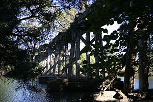 Bomaderry, New South Wales - Derelict bridge, now demolished, over Bomaderry Creek, south of Bomaderry station