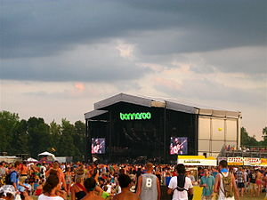 2010 Bonnaroo Music Festival - What Stage
