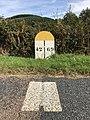 Borne indiquant la limite départementale entre Loire et Rhône - 3.jpg