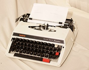 Brother Industries - Deluxe 660TR Correction mechanical typewriter.