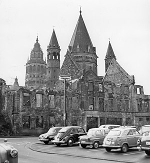 Bombing of Mainz in World War II - Ruins in front of the cathedral (1961)