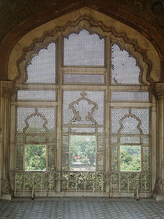 Naulakha Pavilion - The pavilion features a carved marble screen.