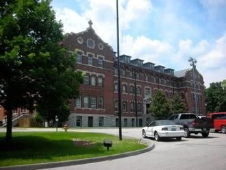 Chaminade College Preparatory School (Missouri) - Image: CCP Chaminade Hall 01