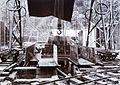 COLLECTIE TROPENMUSEUM Montage van een grote boogzender van Radiostation Malabar TMnr 60019331.jpg