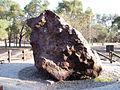 Campo del Cielo meteorite, El Chaco fragment, back.jpg