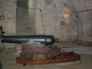Monopoli - Cannons of The Charles V castle