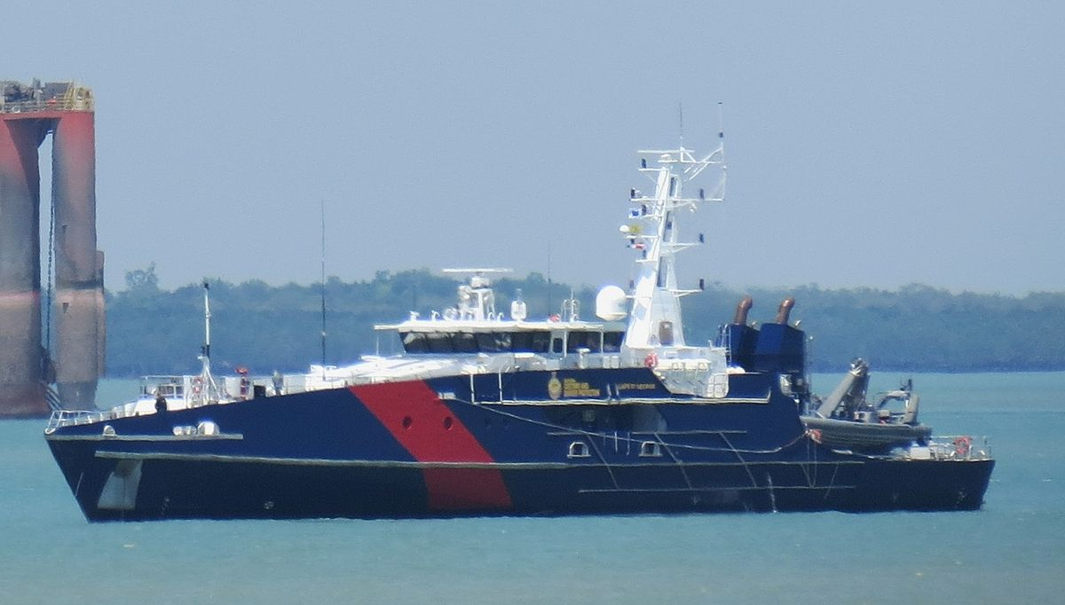 1200px-Cape_St_George%2C_on_Darwin_Harbour.jpg