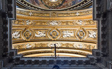 Ceiling decoration of the chapel Sant'Agnese in Agone (Roma).jpg