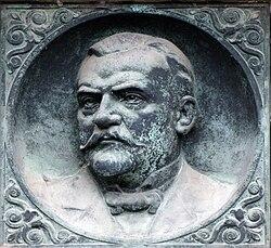 Cenotaph-for-Constantin-Fahlberg.jpg