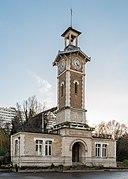 Central building of Parc Georges-Brassens, Paris 15e 20140213 1.jpg
