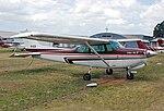 Cessna 172 (5787158101).jpg