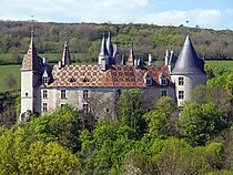 Château de La Rochepot 02.jpg