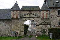 Château de Mont-Saint-Martin (1).JPG