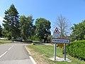 Charchilla - Entrée village (juil 2018).jpg