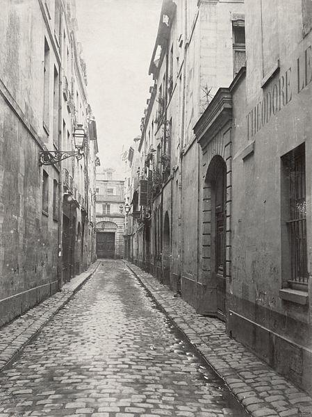 File:Charles Marville, Rue des Poitevins, de la rue Hautefeuille, ca. 1853–70.jpg