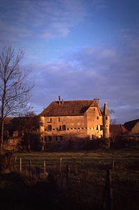 Chateau de Breuschwickersheim (Bas-Rhin) 1987.jpg