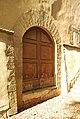 Chiesa di San Bartolomeo a Monte Oliveto (Florence) - Church - Aisle - Door II 01.jpg