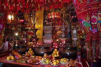 Tin How Temple - Image: Chinatown 22 Buddhist Temple (4254271566)