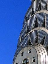 ציפוי יריעות פח מפלדת אל-חלד בבניין קרייזלר בניו יורק